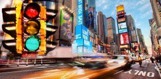 สถิติโลก! หนุ่มนิวยอร์คขับ Uber ผ่านไฟเขียว 236 แยก โดยไม่หยุด